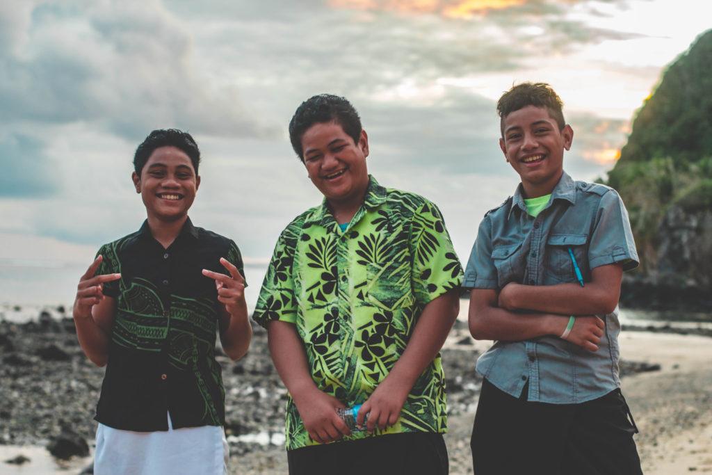 Drei-Teenager-international